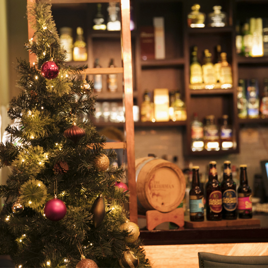 Irish whiskey museum at christmas